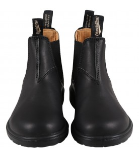 Black boots for boy with logo