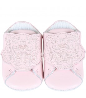 Pink shoes for baby girl