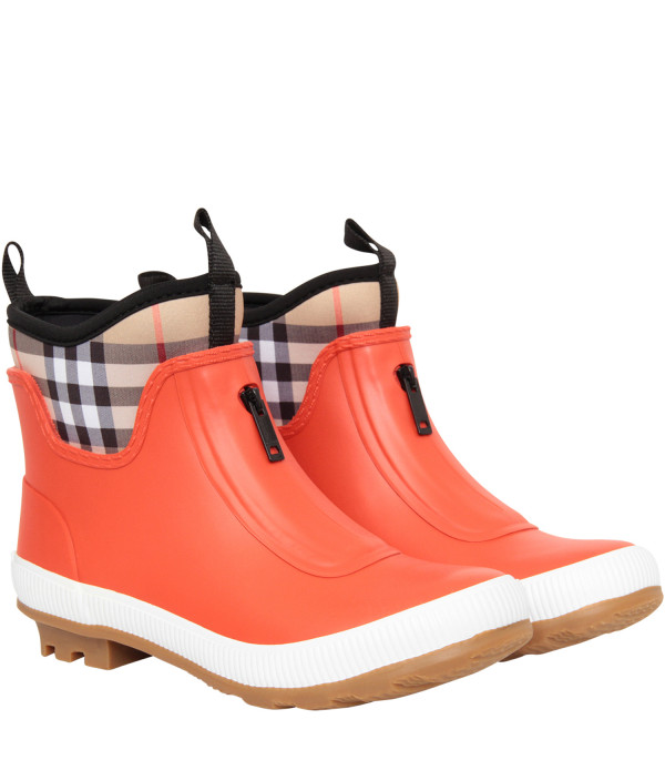 BURBERRY KIDS Orange rain boots
