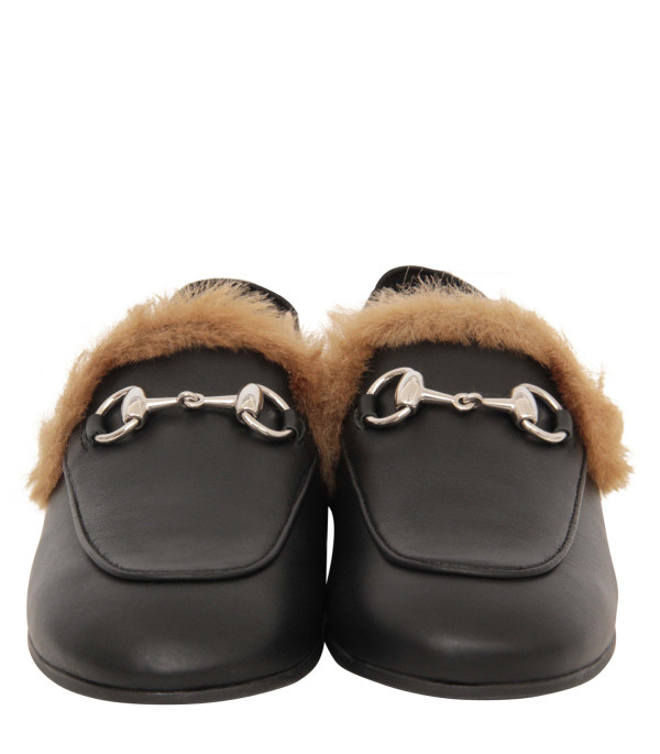 GUCCI KIDS Black princetown with faux fur lining inside