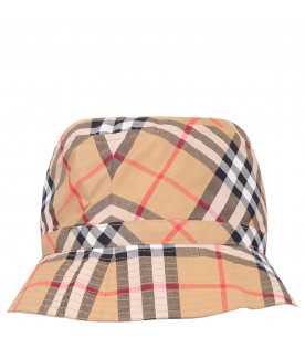 c0515ee8e01 BURBERRY KIDS Beige girl sun hat with check ...