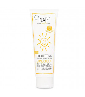 Kids protecting broad spectrum sunscreen