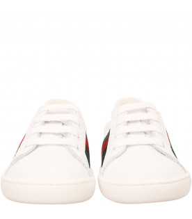 White sneaker with Web detail