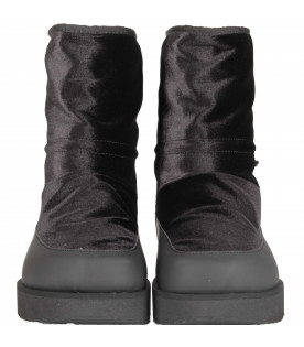 Black girl boots with logo