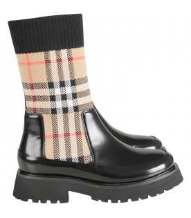 Black boots for girl with vintage check