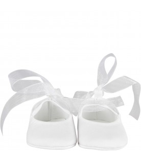 White babygirl flap shoes