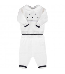 White babyboy suit with blue polka-dots