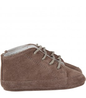 Grey shoes for babykid