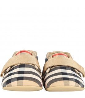 Beige shoes for babyboy
