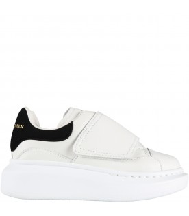 White sneakers for kids with logo