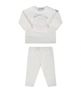 White suit for babygirl with iconic patch