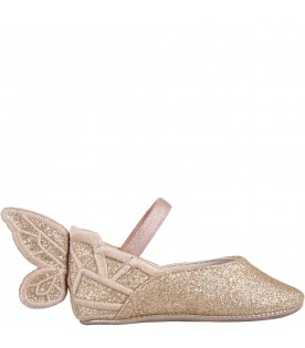 Pink flat shoes for girl with wings